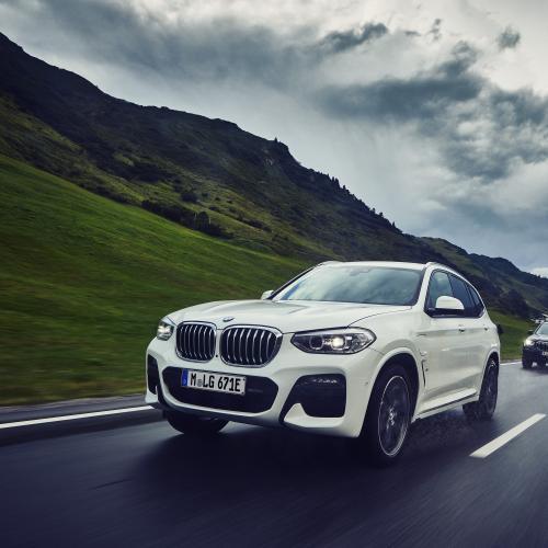 Le BMW X1 xDrive25e dévoile son prix | Les photos du SUV hybride rechargeable
