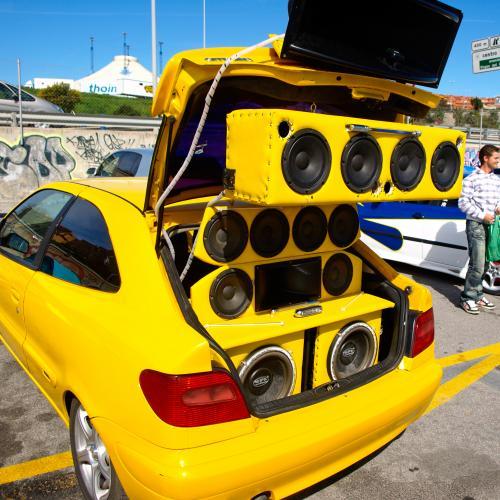 Diapo Jacky tuning | Photos de créations extrêmes plus ou moins réussies