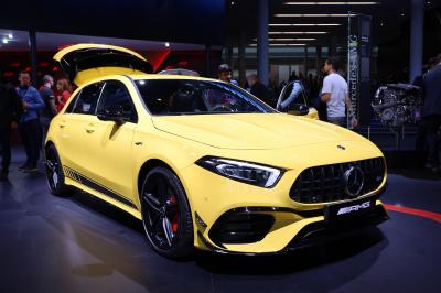 Le garage de Paul Pogba : ses plus belles voitures en photos