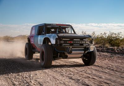 Ford Performance Bronco R | les photos officielles du prototype au départ du Baja 1000