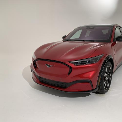 Ford Mustang Mach-E | Nos photos exclusives du nouveau SUV coupé 100% électrique