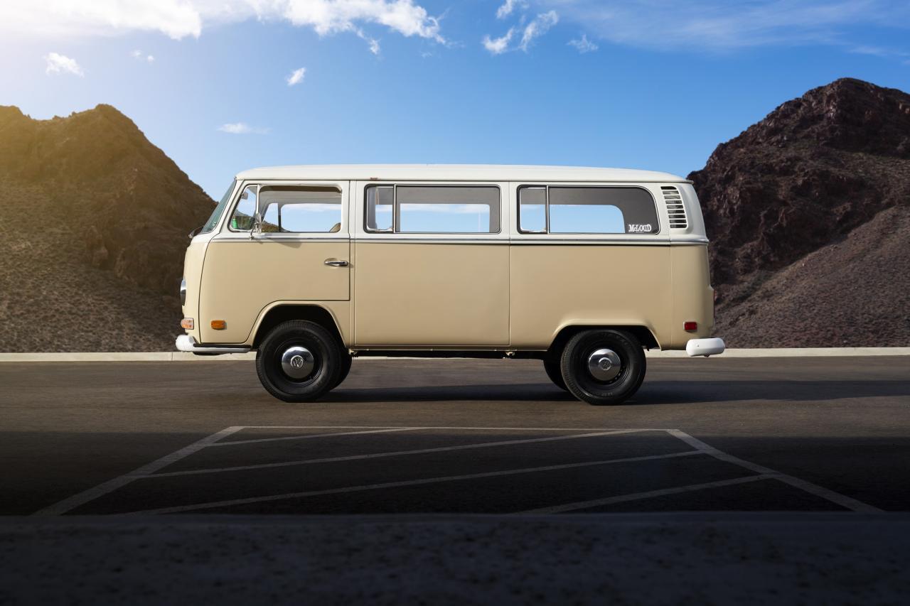 [Actualité] Groupe Volkswagen VAG - Page 25 Hd-volkswagen-type-2-bus---les-photos-officielles-du-concept-de-combi-%C3%A9lectrique