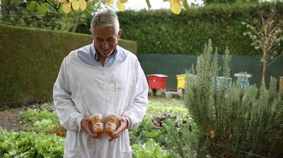 A chacun sa route #3 : Lionel Messieux, apiculteur