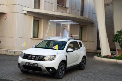 Dacia Duster | les photos officielle de la version Papamobile