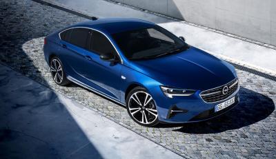 Opel Insignia restylée | les photos officielles de la berline