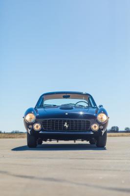 Ferrari 250 GT/L Berlinetta Lusso by Scaglietti | Les photos du chef-d'ouvre italien en vente chez RM Sotheby's