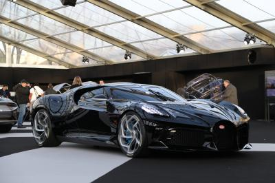 Bugatti la voiture noire | nos photos au Festival Automobile International 2020