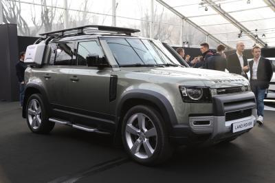 Land Rover Defender | nos photos au Festival Automobile International 2020