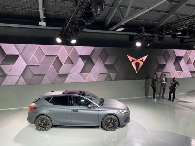 Cupra Leon e-Hybrid | nos photos de la première mondiale à Barcelone