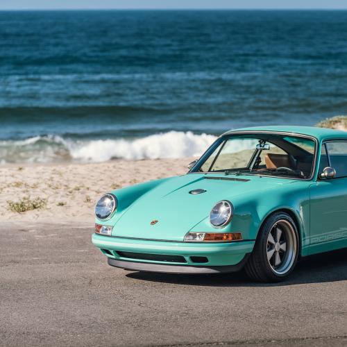 Porsche 911 Malibu by Singer | Les photos de la sportive à vendre chez RM Sotheby's