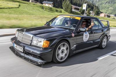 Mercedes-Benz 190 E 2.5-16 Evo II | Les photos de la berline sportive des années 90