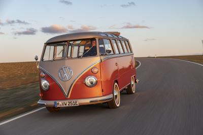 Volkswagen e-Bulli | La version 100% électrique du Combi T1