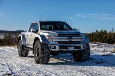 Ford F-150 by Arctic Trucks | Les photos du pick-up aux roues de 44 pouces