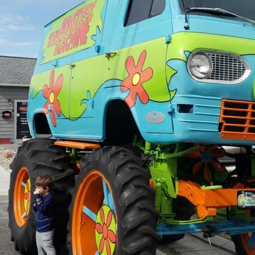 The Monstery Machine | les photos de la camionnette de Scooby Doo en vente sur eBay