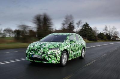 Skoda Enyaq iV (2021) | Les photos du SUV familial électrique en mode camouflage