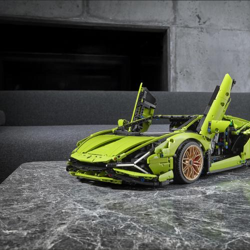 Lamborghini Sián by Lego Technic | Les photos officielles de la supercar au 1:8