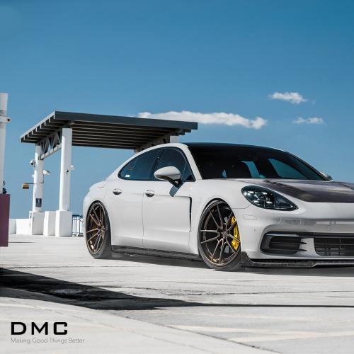 Porsche Panamera by DMC   Les photos du kit carrosserie en carbone