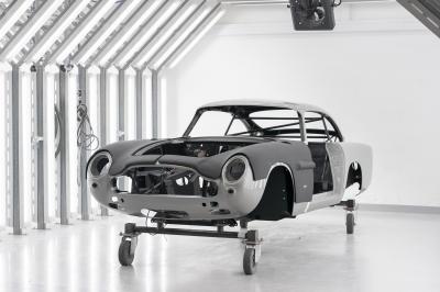 Aston Martin DB5 Goldfinger Continuation | Les photos de la fabrication du premier exemplaire