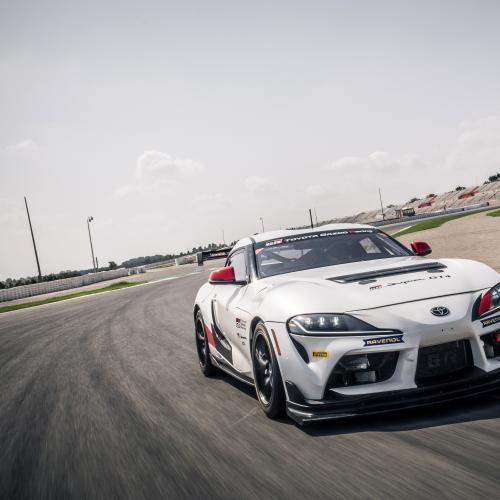 Toyota GR Supra GT4 | Les photos officielles de la voiture de compétition