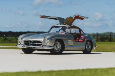 Mercedes 300 SL Gullwing | Les photos de la mythique sportive à portes papillon