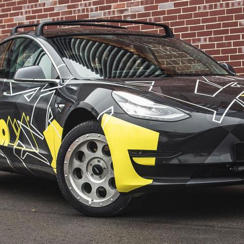 Tesla Model 3 by Delta 4x4 | Les photos de la berline électrique tout-terrain