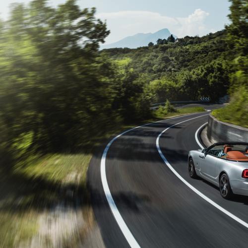 Rolls-Royce Dawn Silver Bullet   Les photos officielles du cabriolet de luxe en Italie