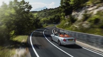 Rolls-Royce Dawn Silver Bullet | Les photos officielles du cabriolet de luxe en Italie