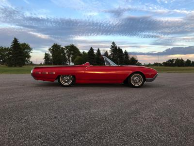 Ford Thunderbird Sports Roadster | Les photos du cabriolet deux places de 1962