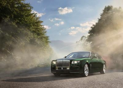 Rolls-Royce Ghost Extended | Les photos de la limousine allongée