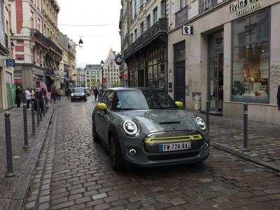 Le grand saut en Mini Cooper SE | Les photos de notre essai aller-retour Paris-Lille