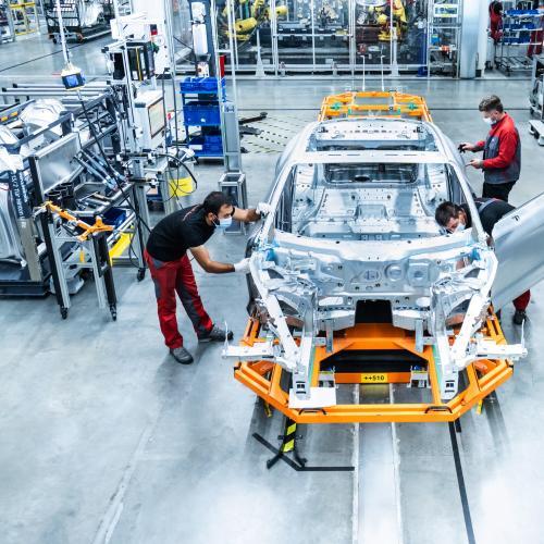 Audi e-tron GT | les photos officielles de la version camouflée