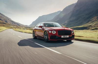 Bentley Flying Spur (2021) | Les photos officielles de la limousine à moteur V8
