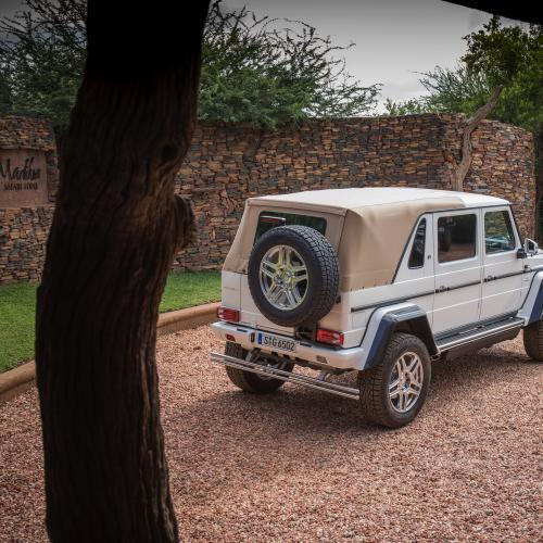 LeBron James s'offre le 4x4 le plus cher du monde | les photos officielles du Mercedes-Maybach G 650 Landaulet