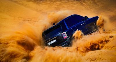 Rolls-Royce Cullinan | Les photos du SUV dans le désert d'Arabie