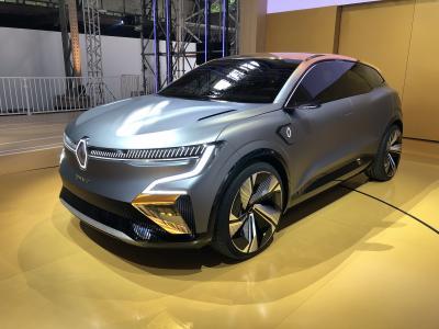 Renault Mégane eVision | nos photos du concept de compact électrique
