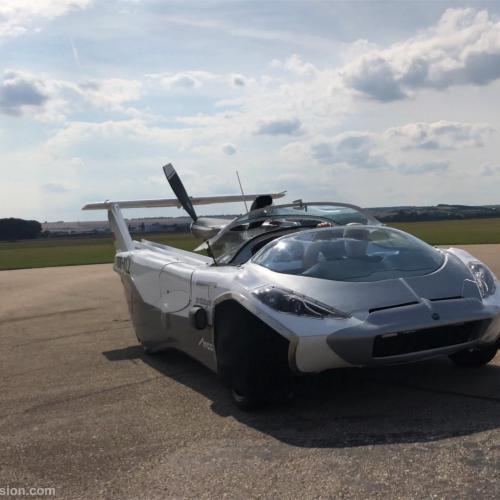 AirCar | les photos de la voiture volante de Klein Vision