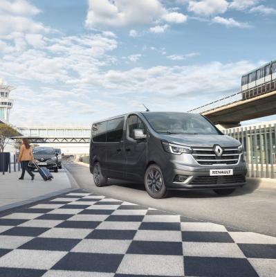 Renault Trafic restylé (2021) | Les photos de l'utilitaire en version Combi et SpaceClass