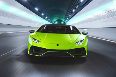 Lamborghini Huracán Evo Fluo Capsule   Les photos des teintes vives inédites