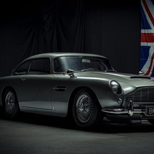 Aston Martin DB5 | les photos de la voiture de James Bond vendue 200.000$ sans moteur