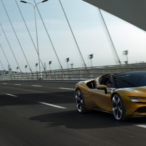 Ferrari SF90 Stradale Spider | Les photos de l'hypercar hybride rechargeable découvrable