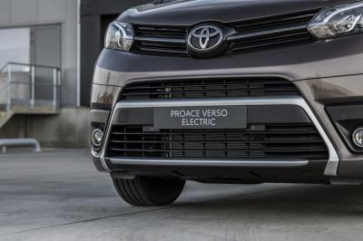 Toyota Proace Verso Electric (2021) | 7 choses à savoir sur le van