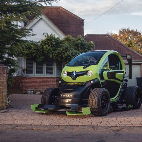 Renault Twizy F1 par Oakley Design | les photos du quadricycle customisé