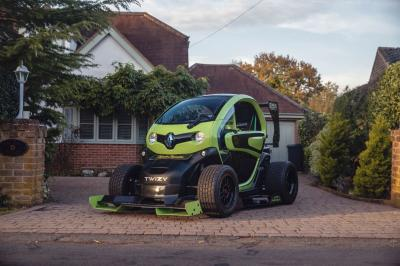 Renault Twizy F1 par Oakley Design | les photos du quadricycle customisé