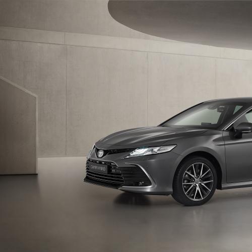 Toyota Camry (2021) | Les photos de la berline hybride restylée