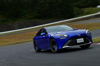 Toyota Mirai 2 | les photos officielles de la berline hydrogène