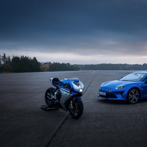 Nouveautés de la semaine 50 | Alpine, Audi, BMW, Jaguar