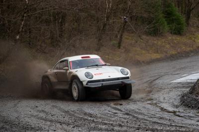 Singer All-Terrain Competition Study | Les photos de la Porsche 911 Safari réimaginée