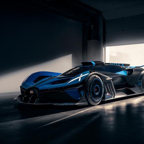 FAI 2021   les participants à l'exposition Concept Cars & Design Automobile