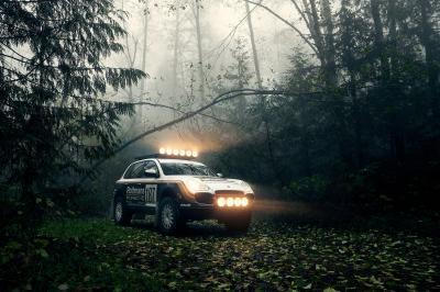 Porsche Cayenne Turbo Safari   Les photos du SUV modifié