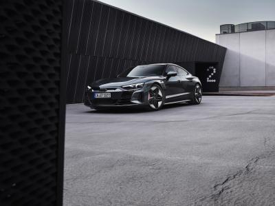 Audi RS e-tron GT   les photos de la version sportive du coupé